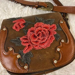 Patricia Nash crossbody floral embroidered purse